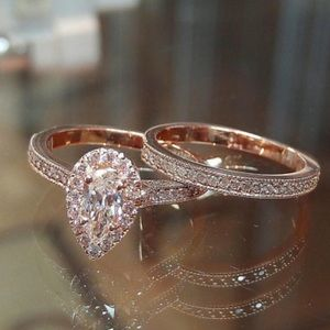 Women's engagement two piece ring set